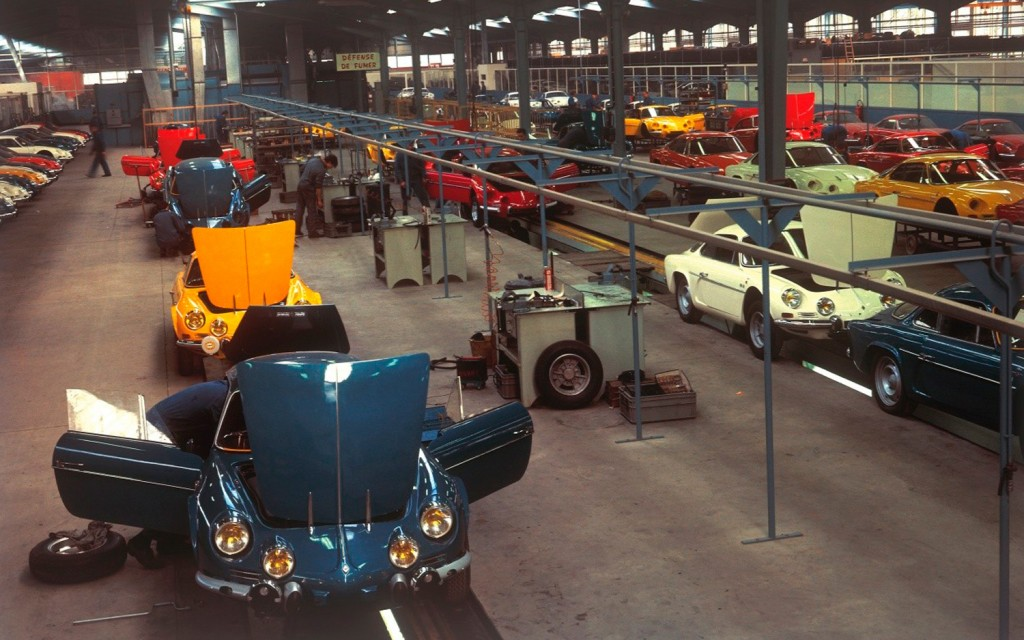 Alpine-Renault-A110-assembly-line-in-col